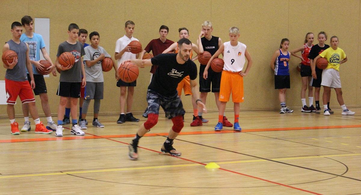 Paul Gudde - Basketball Camps